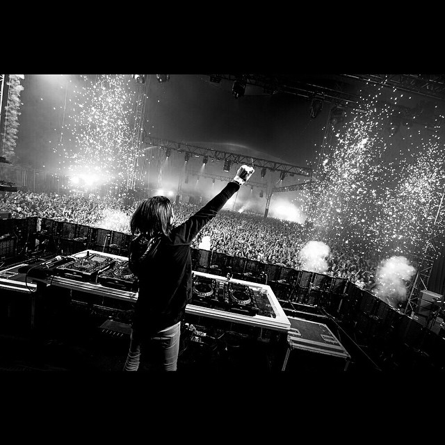 Alesso ft. Tove Lo - Heroes : Incredible Indie / Progressive House Collaboration