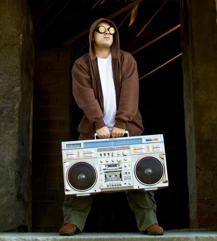 5 & A Dime - Skrillmau5 : Sick New Electro/House Mashup