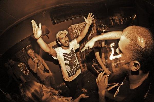 HEAVY DUBSTEP BANGER: Diplo & Borgore - Sunsets (Original Mix)