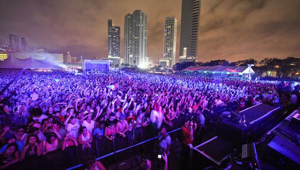 Pretty Lights - Ultra Music Festival 2013 Live Set