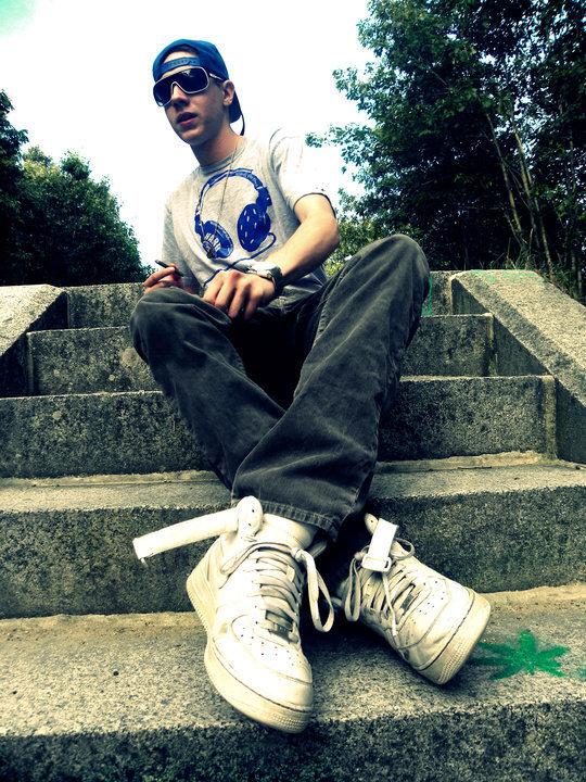 Real Sick Chill Hip-Hop/Pop: Cam Meekins - Just Like You