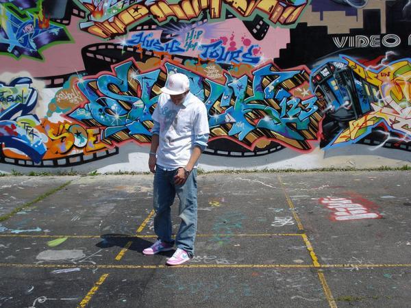 Real Sick Electronic Rap Song: Kinetics & One Love - Graduation Song (ft. Wynter Gordon)