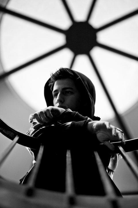 Seek Bromance (Porter Robinson Remix) - Tim Berg ft. Amanda Wilson: SICK ELECTRO/DUBSTEP BANGER
