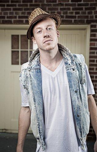 Sick Chill Rap Remix: Macklemore - The Town (Remix)