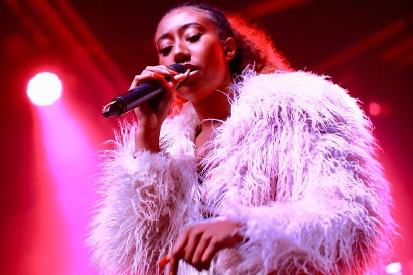 parisalexa coat